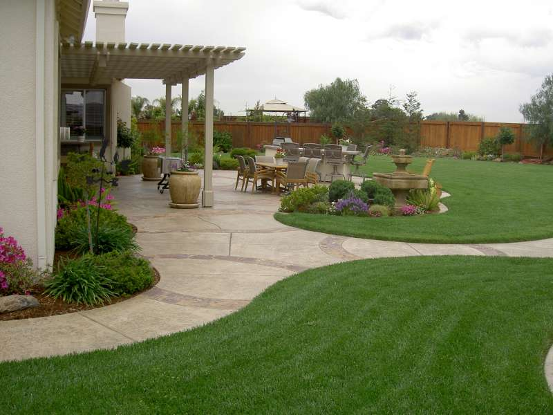 Lawn Care Service near Tecate