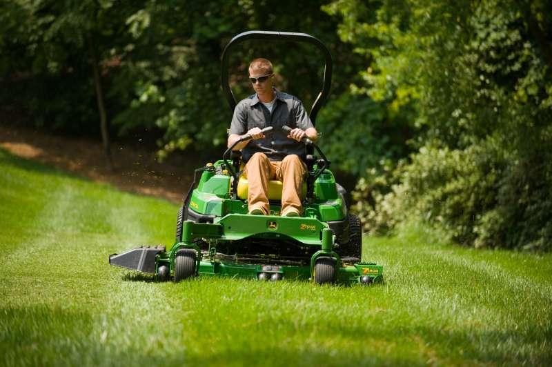 Lawn Mowing Service near Rancho Santa Fe